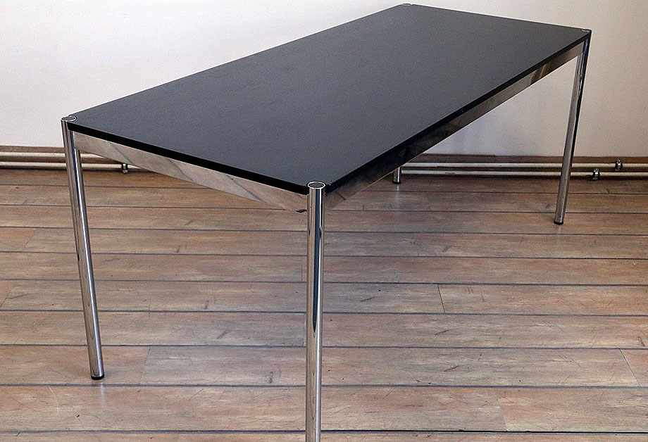 Tisch Schreibtisch USM Haller